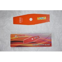 Sparepart Mesin Pemotong Rumput Pisau Sensei Orange 1.6 x 305 x 90 x 25.4