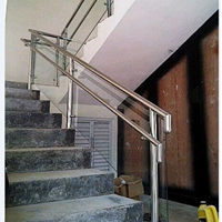Railing Tangga Tempered Kaca