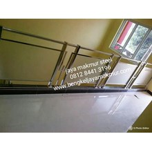 Relling Glass Stairs ES
