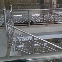 Railing tangga audi sambung