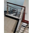 Railing tangga hollo 20/10 kayu 2