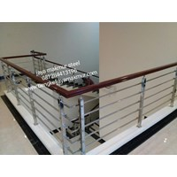 Railing tangga hollo 20/10 kayu