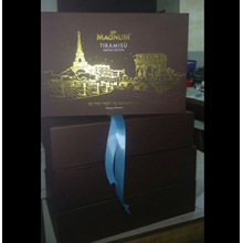 Box Launching Ice Cream Magnum