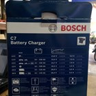 Cas Aki Mobil Battery charger merk BOSCH C7 12/24V 3