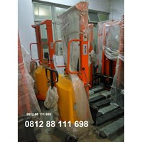 Beli Semi Electric stacker bergaransi 4