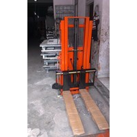 Jual Semi Electric stacker bergaransi 2
