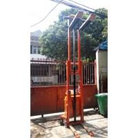 Jual Semi Elektrik Stacker Harga Distributor 2