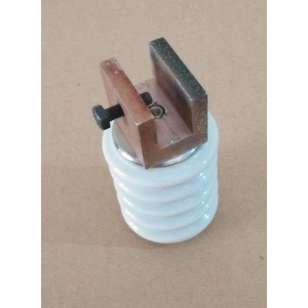 Isolator Keramik 15kv uk diameter 54mm x tinggi 72mm