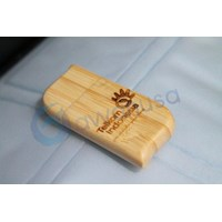 Distributor Flash Disk Kayu 3