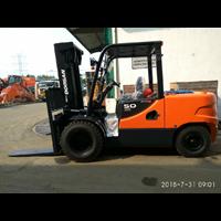 Buy Doosan Forklift 4