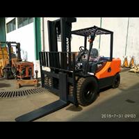 Distributor Doosan Forklift 3