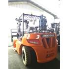 Forklift Diesel Doosan 7 Ton 5