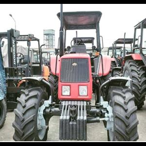 Tractor Belarus