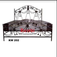 Tempat Tidur KW202
