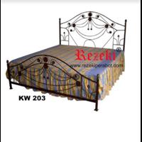 Jual Tempat Tidur KW203