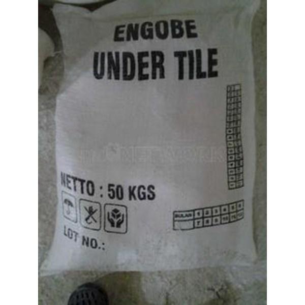 Engobe Under Tile_Eut