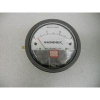 Distributor Magnehelic Pressure Gauge 2000 60Pa 3