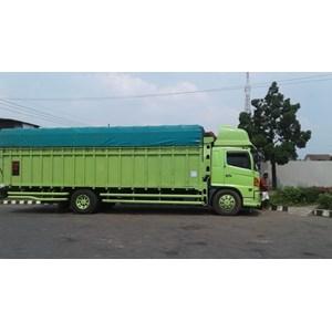 Jasa Sewa Truck Fuso Surabaya - Tanjung Pinang