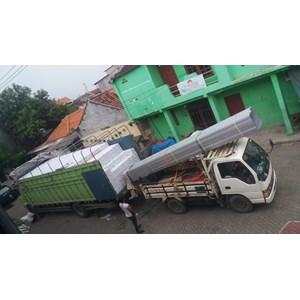 Jasa Sewa Truck Fuso dari Surabaya ke  Batam