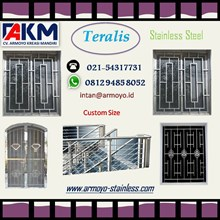 Tralis Stainless Steel Window