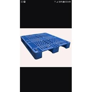 Pallet plastik bekas uk 120x100x15