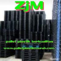 Pallet Plastik bekas semua ukuran 130x110x12 cm
