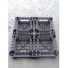 Pallet Plastik bekas uk 74x74x12 cm 3