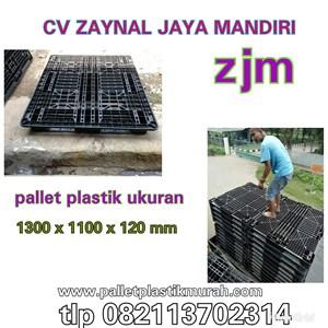 Pallet plastik bekas kualitas di jamin okee ukuran 1300 x 1100 x 120 mm