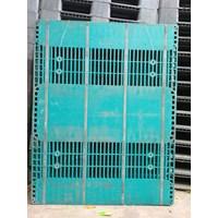 Supplier Pallet plastik Bekas ukuran 1400  x 1100 x 150 cm yg berkualitas