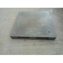 Plastic Pallet Supplier Used size 1100 x 1100 x 15