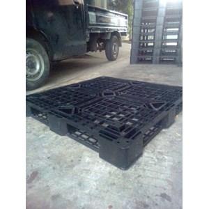 Supplier Pallet plastik Bekas yg berkualitas di cerbon surabya jakarta bandung bogor bekasi