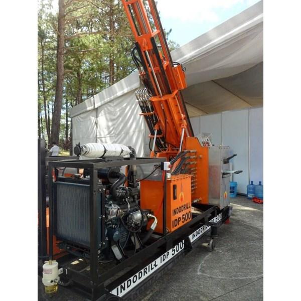 Mesin Bor tanah dengan VDE Kubota