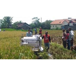 Pelatihan Mesin Pertanian untuk Meningkatkan Produksi Pertanian