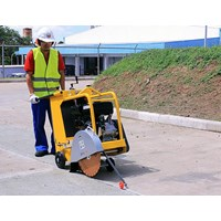 Distributor Aspalt and Concrete Cutter Dynamic Q450-H16  3