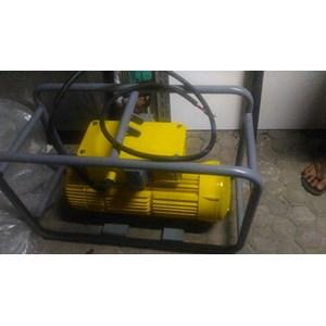 SEWA VIBRATOR BETON By Arsitema Maju Mandiri