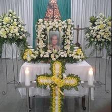Karangan Bunga Duka Model Salib