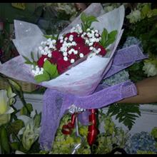 Karangan Bunga Mawar Duka