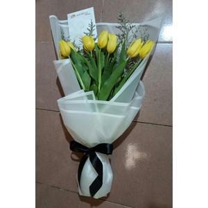 bunga tangan tulip 083870698952