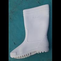 Sepatu Boot Forbeli Putih