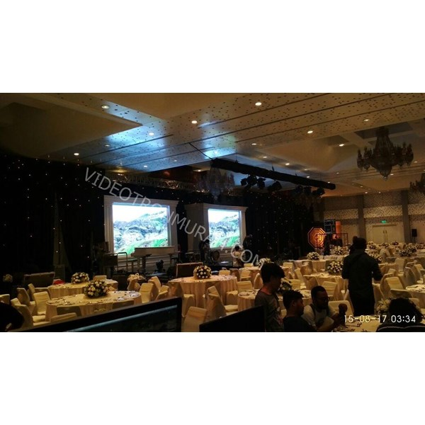 Media Display Indoor Fundrising Gala parinama Atha