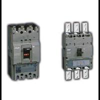 Molded Kasus Circuit Breaker (MCCBs) 1