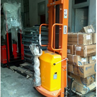 Dalton Semi Electric Stacker 2 Ton