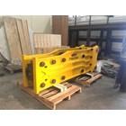 TRB 1550 Hydraulic Breaker 28-35 Ton Type Lurus 3