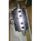 extra valve komatsu PC - 200  1