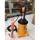 Pneumatic Grease Pump GZ-8 2