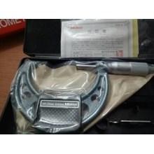 Micrometer Merk Mitutoyo 50