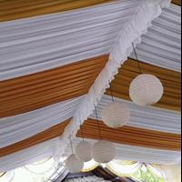 Plafon Tenda Pesta Aksen Bola Gantung