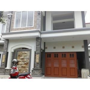 pintu garasi brown colour