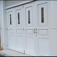 Pintu Garasi 4 Daun Pintu