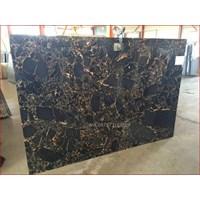 Beli Marmer Nero Portoro Gold Marmer Hitam Corak Abstak Marmer  Italy-Slab 4